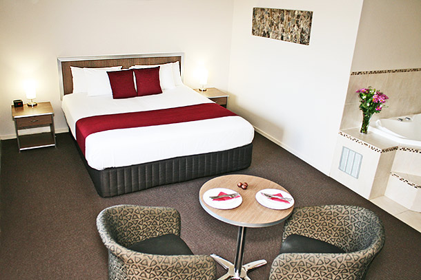 Executive Spa Room - Accommodation Browns Plains - Johnson Road Motel